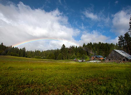 Willow-Witt Ranch with rainbow